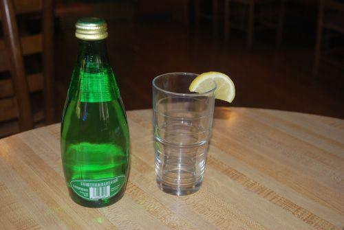 butelis, stiklas, vanduo, žalias, citrina, gabaliukas, vanduo buteliuose