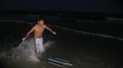 linksma, vandenynas, juokiasi, mielas & nbsp, berniukas, naktis & nbsp, naršymas, mielas paauglys