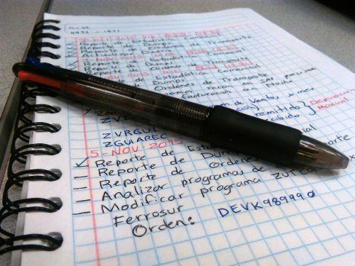 adresų knyga,rašiklis,Pastabos