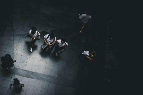 suaugęs,Atgal į mokyklą,berniukas,atsitiktinis,įvairovė,švietimas,Moteris,draugai,Draugystė,mergaitė,vidurinė mokykla,žinios,Patinas,daugiatautės grupė,žmonės,asmuo,mokykla,studentas,bendravimas,vaikščioti,jaunas,jaunas suaugęs,mažas,pridėtinės išlaidos,vaizdas,antena