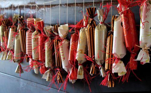 Adventas,Kalėdos,Advento kalendorius,žiema,apdaila,Kalėdų puošimas,siurprizas,slėpti,židinys,priklausyti,sustabdytas,skanus,saldainiai,sustatyta