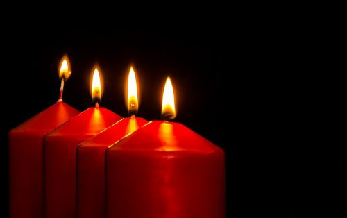 Adventas,Advent žvakės,Kalėdų papuošalai,žvakės,ketvirta žvakė,šviesa,liepsna,kontempliatyvas,žvakių šviesa,Kalėdos,prieš Kalėdas,žvakių liepsna