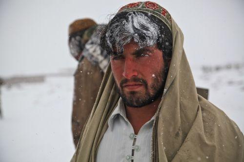 afghani,vyras,portretas,asmuo,šaltas,žiema,karas,ledinis,snaigės,gaubtu,labai šalta,užšaldymas,tradicija