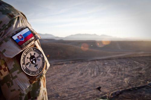 Afganistanas,kariuomenė,armija,kareivis,saulėlydis,slovak,specialus,jėga,apsauga,vyras