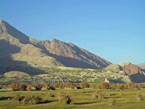 Afganistanas,kalnai,kraštovaizdis,kalvos,gamta,dangus,žolė,lapija,vasara,lauke,lauke,peizažas,lauke