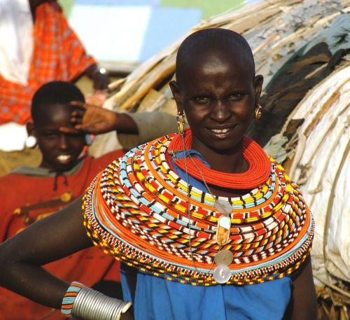 afrikiečių moteris,samburu gentis,kenya,afrikiečių moterys,karoliukai,arabų kultūra,afrikiečių tradicinės gentys,nomadai,pastoracinė gentis
