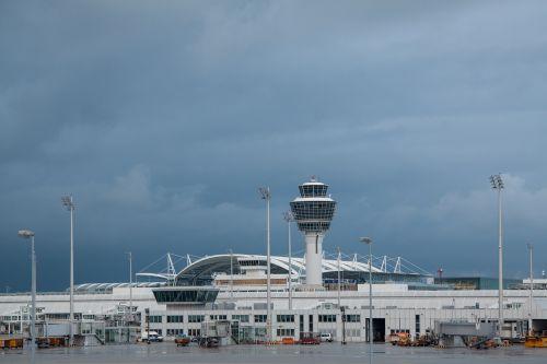 oro uostas,tarptautinis,Munich,architektūra,pastatas,transportas,oro linijų bendrovės,kontrolės bokštas,bokštas,oro stebėjimas,atc unit,oro eismo kontrolė,šviesos poliai