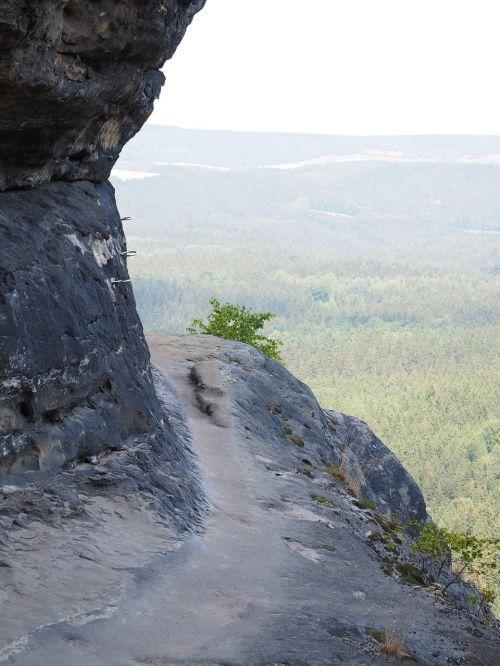 erdvus kelias,takas,eksponuotos,frienstein,idagrotte,elbe smiltainis,žygis,smiltainio uolienos,kraštovaizdis,akmens formavimas,žygiai,Rokas,Elbe smiltainio kalnai,smiltainio kalnas,Saksonijos šveicarija