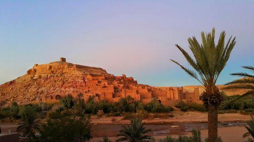 ait benhaddou,UNESCO pasaulio paveldas,molio namai,Marokas,purvo plytų miestas,apsvaiginimo