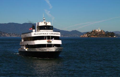 Alcatraz kruizas,valtis,laivas,San Franciskas,turizmas,kelionė,kruizas,įlanka,vanduo,alcatraz,vandenynas,Kalifornija,istorinis,Nacionalinis parkas,mus,saulėtas,orientyras,pakrantė