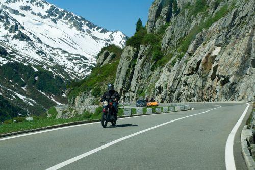 Alpių kelias, Alpių, važiuokite atgal, motociklas