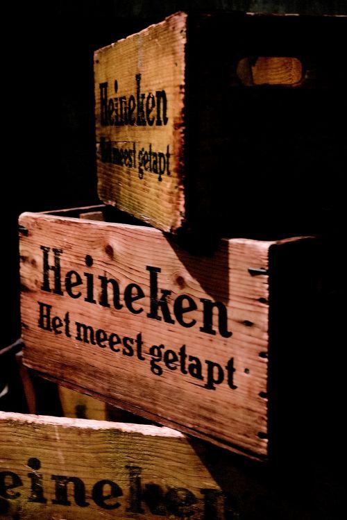 Amsterdamas,alus,alaus dėžė,mediena,alkoholinis gėrimas,alkoholinis,alaus darykla,retro,holland,Nyderlandai,muziejus