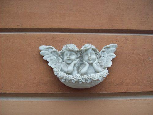 angelai,angelai ir rožės,marmuro angelai