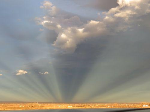 antikrepsuliniai spinduliai,prairie,kaimas,dangus,debesys,lauke,vaizdingas,ramus,oras,meteorologija,cloudscape,aplinka,gamta