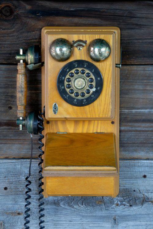 Senovinis, artefaktas, fonas, fonas, varpas, skambinti, skambinti, klasikinis, surinkti, kolekcionuojami, bendrauti, komunikacija, koncepcija, supjaustyti, Iškirpti, data, data, surinkti, madingas, istorinis, istorija, gyvenimas, klausytis, nostalgija, nostalgiškas, objektas, senas, senovinis sieninis telefonas