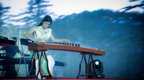 senovė,zheng,spektaklis,muzika,svetainė