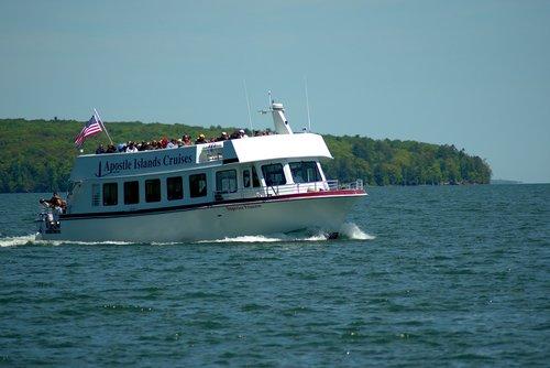 apaštalas salos kelionė laivu, kelionė laivu, trijų valandų kelionė, apaštalas salos, kelionė, salos, valtis, Ekskursija, vandens, vasara, Bayfield Wisconsin, didieji ežerai, Lake Superior, mėlyna, pakrantė, apaštalas salos nacionalinis Lakeshore, parkas, kelionė, pakrantės, Krantas, dangus