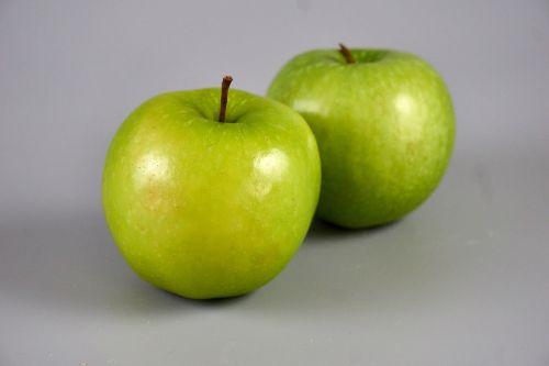 obuoliai,žali obuoliai,močiutės kapinės obuoliai,žalias,sodas,gamta,vaisių sodas,maistas,galia,vaisiai,skonio,maisto produktas,bio