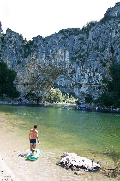 ardèche,roko vartai,akmens arka,vandenys,Gorge,turistinis,upė,plaukti
