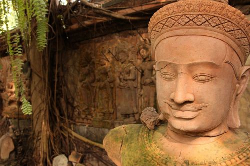 meno milijonai,Khmer,molio skulptūra