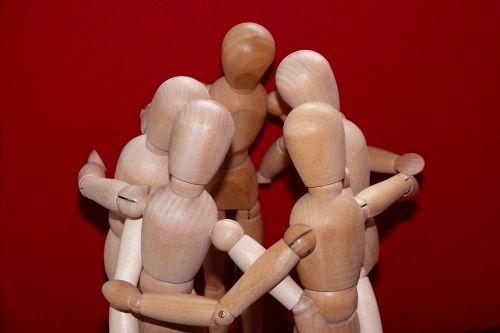 sąnarių vyrų,susitikimas,kartu,grupė,Asmeninis,komandos dvasia,organizacija,komandinis darbas,smegenų audra,bendros pastangos,bendradarbiavimas,bendradarbiauti,kolektyvas,komanda,keistis idėjomis,įdėti galvutes kartu,skatinti,mediniai paveikslai,Draugystė,idėjų ratą,draugai,Sportas,sportiniai bičiuliai,konferencija,keistis