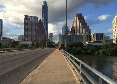 austin,centro,texas,austin texas,architektūra,miestas,panorama,miesto panorama,tiltas,upė,pėstiesiems