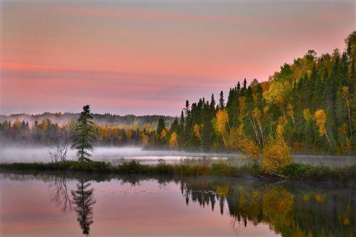 rudens kraštovaizdis,gamta,spalvos,vanduo kritimo,lapija,medžiai,ežeras,kritimas,kritimo spalvos,kraštovaizdis,apmąstymai,québec,Kanada