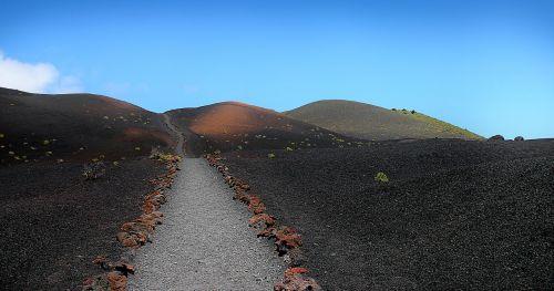 toli,vulkanas,Kanarų salos,la palma,kraštovaizdis,gamta,vulkaninis,sausas,lavos laukas,turizmas,dangus,lavos laukai,keistas,mėnulio kraštovaizdis,vulkaninis kraštovaizdis,kelionė
