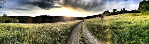 toli, griauna, Persiųsti, debesys, blykstė, kraštovaizdis, gamta, nuotaika, audra, mistinis, atmosfera, niūrus, pieva, šešėlis, griauna, kraštovaizdžio kelias, žygiai, dangus, oras, vienišas, apokalipsė, regėjimas, juostos, saulė, gėlės