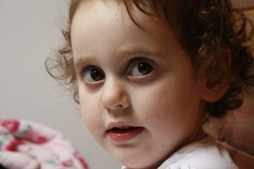 kūdikis,mergaitė,mielas,vaikas,žavinga,jaunas,mažai,saldus,portretas,žmonės,veidas,dukra,akys,mielas,nekaltas
