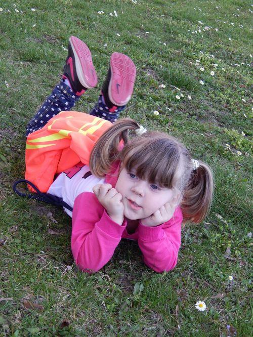 maža mergytė, sąmoningas, vaikas, sesuo, Adelka