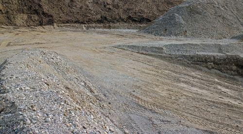fonas,pilka,smėlis,akmenys,duobę,smėliadėžė,medžiaga,kelių tiesimas,Civilinė inžinerija,statybinė medžiaga,poliai,kelias