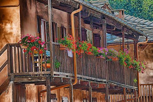 balkonas, gėlės, gėlė, kalnas, geraniums, raudona, balkonas, žalias