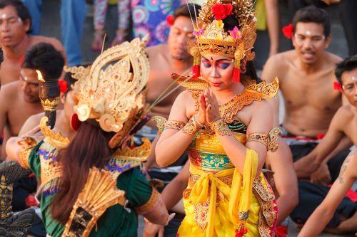 bali,uluwatu,šokių šou,Balio šokis,tradicija,Feuertańz,beždžionių šokis,kultūra,kecak,kelionė,Indonezija,tradiciškai,kecak šokis,religija