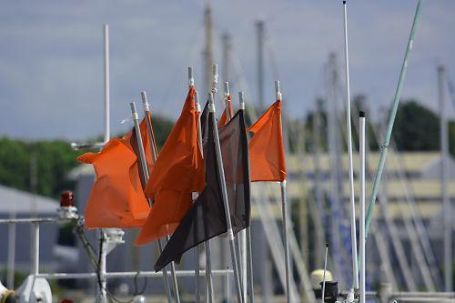 vėliavos, plūduriai, spalvos, jūra, žymes, raudona, vėliavos