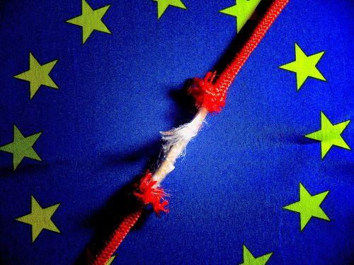 reklama,atpažinti,Europa,Europos vėliava,eu vėliava,vėliava,geltona,pastaba,nacionalinė emblema,ženklas,Šalis,valstybė,žvaigždė,simbolis,lūžio taškas,raudona