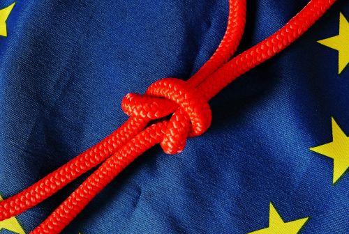 reklama,mėlynas,euro vėliava,Europa,Europos vėliava,eu vėliava,vėliavos ir vimpelai,vėliava,dangus,standartas,skaidrus,vakaruose,vėjas,personažai,mazgas