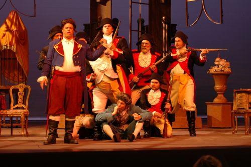 kirpykla,sevilija,opera,spektaklis,teatras,etapas,muzikinis,mesti,atlikti,čigonai,teatras,dupažas,atlikti