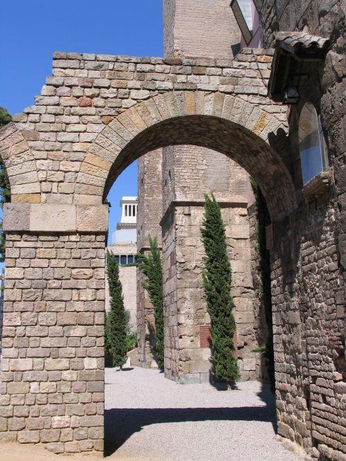 barcelona,gaudi,Ispanija,guell,architektūra,parkas,architektas,mozaika,katalonija,Unesco,antonis,atostogos,orientyras,turizmas,meno,katalonų,romėnų,siena,istorija
