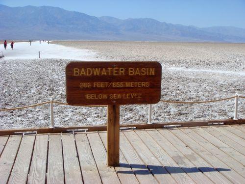 vonios vandens baseinas,baseinas,endorezijos baseinas,uždaras baseinas,mirties slėnis,dykuma,amerikietis,Nacionalinis parkas,kraštovaizdis,usa,gamta,lenta,fiziologinis tirpalas,druskos ežeras