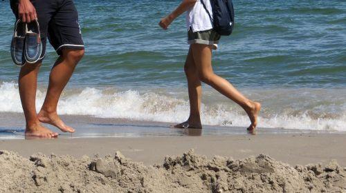 papludimys,vanduo,midijos,akmenys,kranto,Baltijos jūra,banga,paplūdimio jūra,jūra,žaisti,šventė,vaikščioti paplūdimyje,pėdos,paleisti