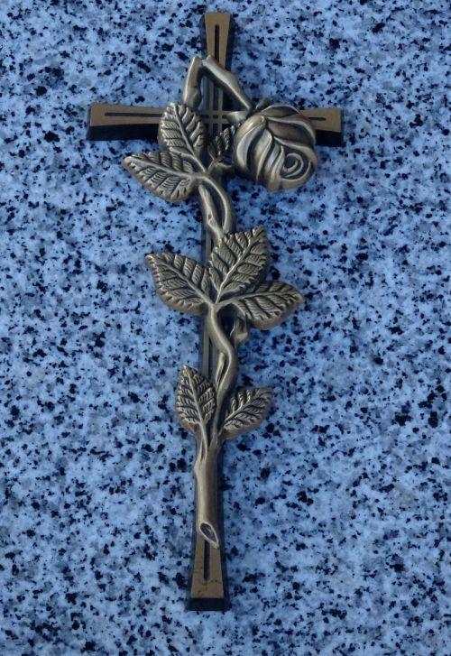 kapinės, kapinėse, krikščionis, krikščionys, krikščionybė, kryžiai, kirsti, kryžius, nukryžiuotas, religija, religinis, religijos, kapas, kapai, kapinės, kapinės, kapas, kapai, kapinės, kapinės, mirtis, miręs, palaidoti, laidojimas, laidotuves, laidotuves, gražiai dekoruotas kryžius
