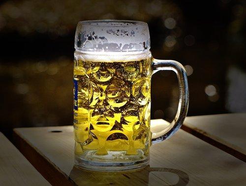 alus, alaus sode, troškulys, stiklo puodelis, gerti, Alus stiklo, alaus bokalas, atgaiva, Bavarija, Miunchenas, alaus gėrimas, bakstelėkite, stiklo, troškulys malšintojas