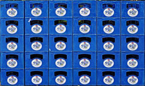 alaus dėžutės,dėžutės,sukrauti,krūva,traglas,Tragerl,priekabiavimas,dėžės,buteliuko dėžutė,tuščias,fonas