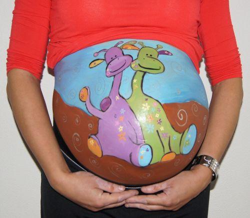 bellypaint, pilvas, pilvo dažymas, kūdikis, nėščia, dvyniai, žirafa, kūdikio dušas
