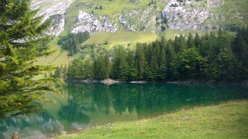 Bergsee,seealpsse,wasserauen