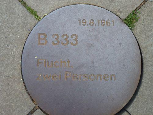 Berlynas,paminklas,Pabegti,du asmenys,ddr,b 333,1961,Rytų Berlynas