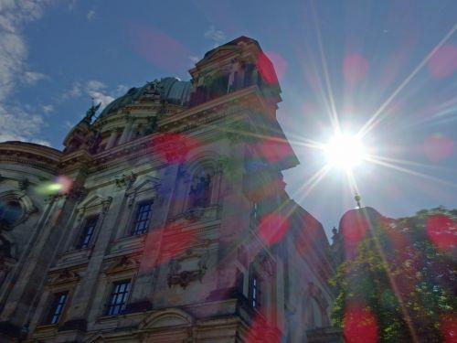 Berlynas,vasara,Berlynas matomas iš vandens,muziejaus sala