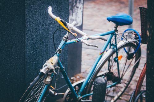dviratis,pastatytas,dviratis,miesto,transportas,gabenimas,ratas,vairai,ciklą,poilsis,pedalas,pratimas,ekologiškas,fitnesas,bycicle