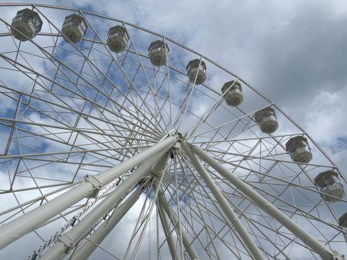 ferris, ratas, ratai, didelis, paroda, pramogos, pramogos, tekinimas, turizmas, verpimo, važiuoti, važiuoja, parkas, aukštis, linksma, šviesus, pramogos, karuselė, karuselės, funfair, pritraukimas, atrakcionai, didelis ferris ratas